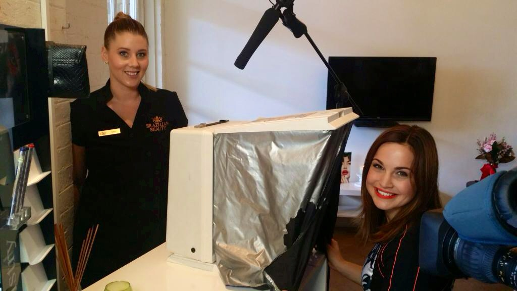 Lisa Thompson, Brazilian Beauty Keperra Franchisee performs a Skin Analysis on Ch 9 Reporter Jenna Hudson